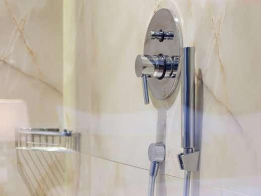 ברז אינטרפוץ למקלחת