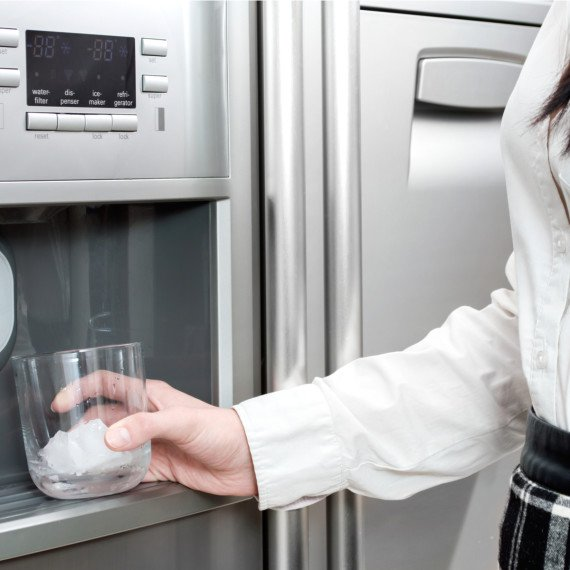 החלפת בר מים למקרר: כל מה שצריך לדעת