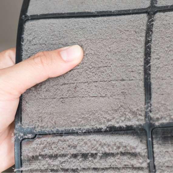 אחת ל- 3 חודשים מומלץ לנקות את הפילטרים של המזגן, זה ימנע את הצטברות העובש.
